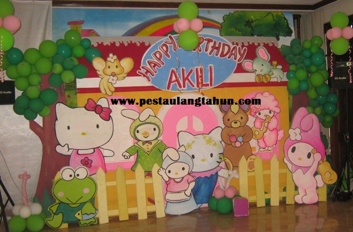 Dekorasi 2d pesta ulang tahun anak tema Hello Kitty
